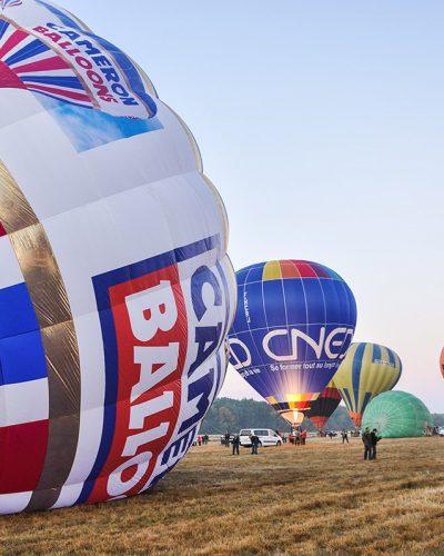 Diana Cherecheș și Kinga Kalmar - Maramures Balloon Fiesta 2011 (1)