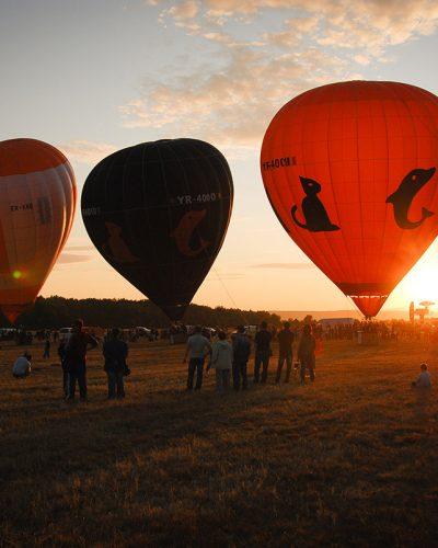 Diana Cherecheș și Kinga Kalmar - Maramures Balloon Fiesta 2011 (29)