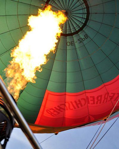 Diana Cherecheș și Kinga Kalmar - Maramures Balloon Fiesta 2012 (11)