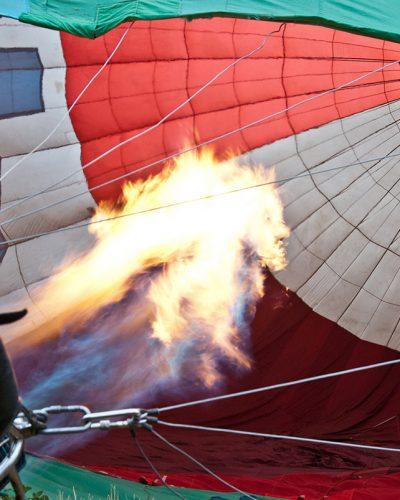 Diana Cherecheș și Kinga Kalmar - Maramures Balloon Fiesta 2012 (18)