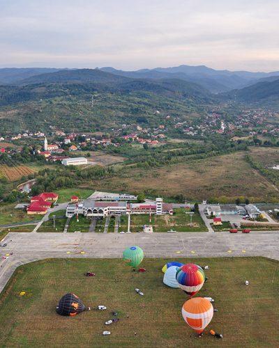 Diana Cherecheș și Kinga Kalmar - Maramures Balloon Fiesta 2012 (3)