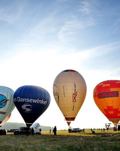 Diana Cherecheș și Kinga Kalmar - Maramures Balloon Fiesta 2012 (5)