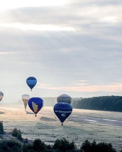 Diana Cherecheș și Kinga Kalmar - Maramures Balloon Fiesta 2013 (2)